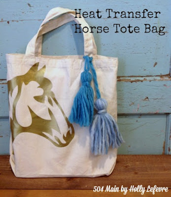 Make an easy tote with a gold horse