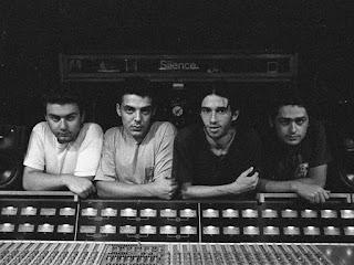 Ψόφιοι Κοριοί -Ελληνικό Ροκ συγκρότημα