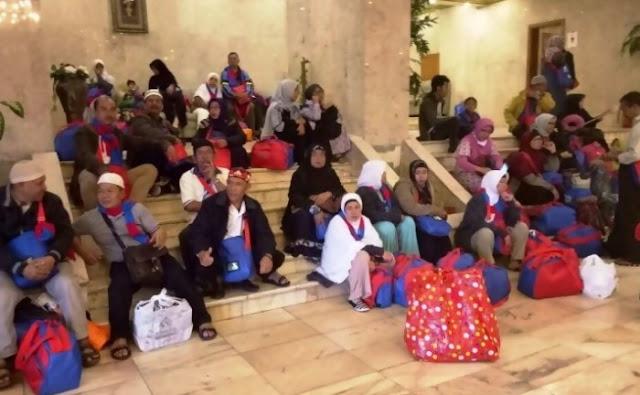 Lagi, 17 Jamaah Umroh Terlantar Di Bandara Jeddah