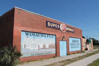 Edificios en Wimauma