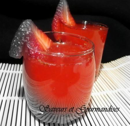 boisson diy rafraichissante pour l'été fraises