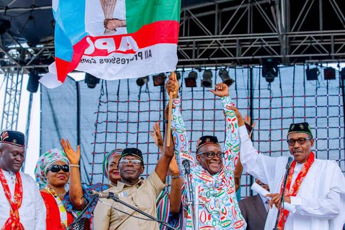 The war against corruption will be fought relentlessly - Buhari tells Nigerians