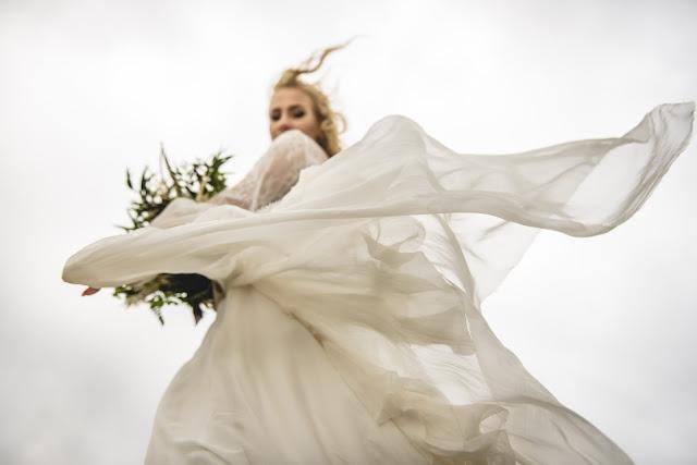 Romantyczna, zwiewna suknia ślubna