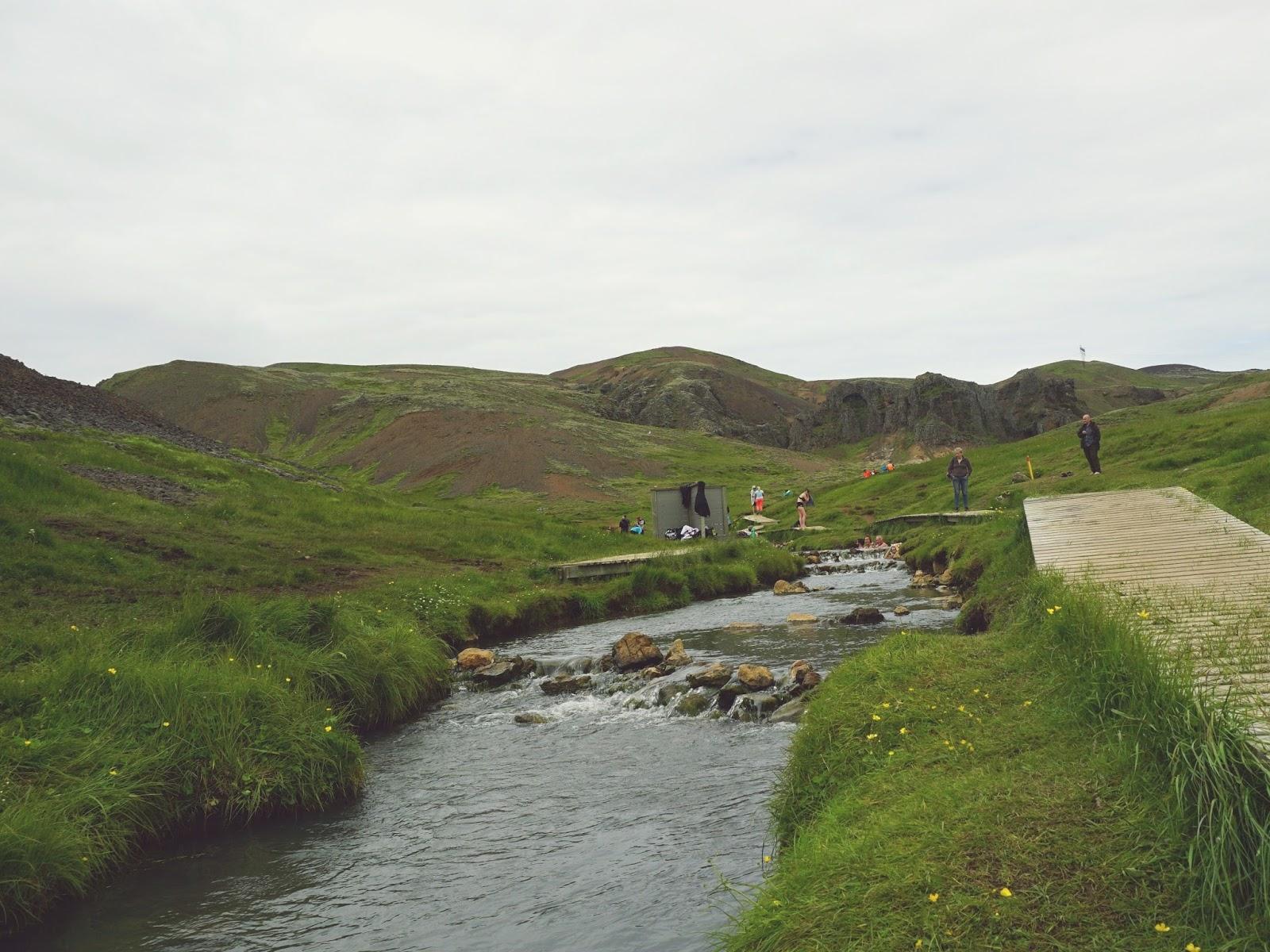 Gorąca rzeka Reykjadalur, Reykjadalur, gorąca rzeka, kąpiel w gorącej rzece, źródła geotermalne