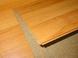 Experto en pisos laminados for Parquet flottant sur plancher bois