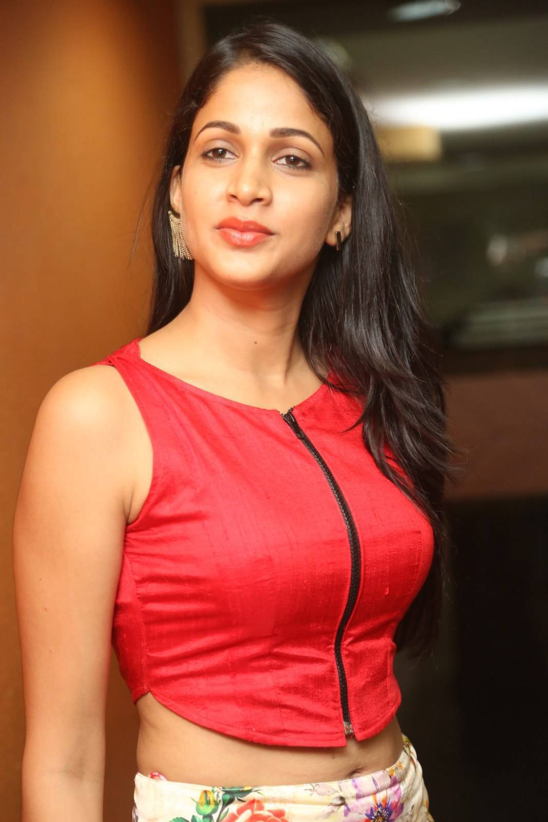 Actress LavanyaTripathi Latest Images