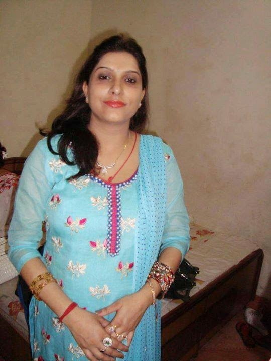 Pakistani Local Hot Fat Aunties Bold Pictures - Beautiful -5464