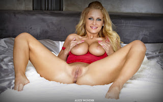 Sexy Adult Pictures - Alice%2BWonder-S01-017.jpg