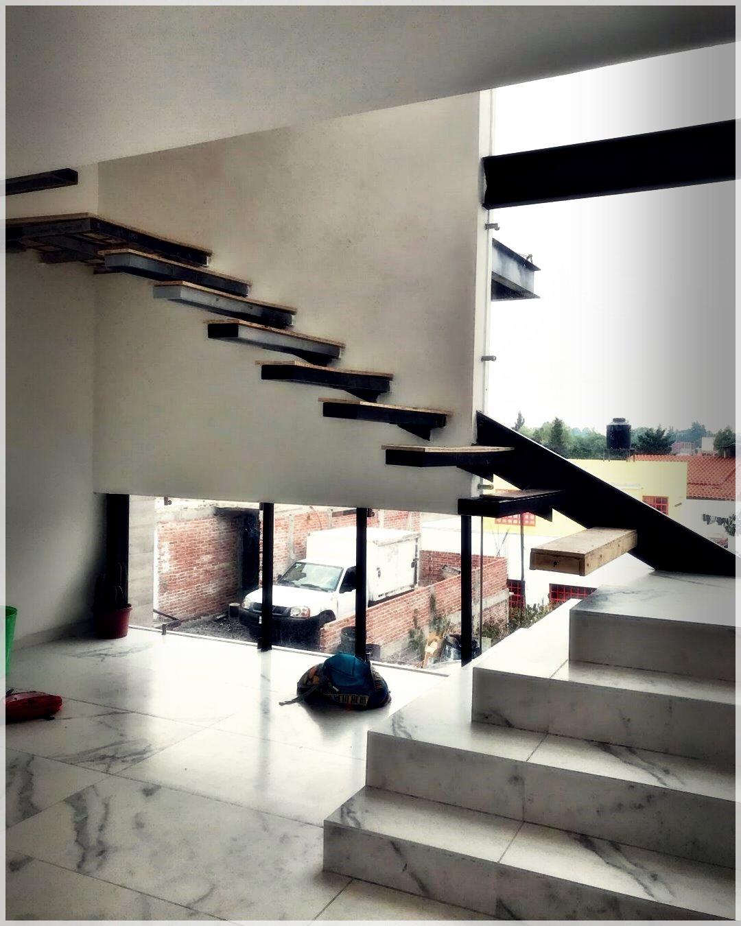 ModernHouse-81686251710