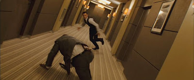 Amazing fight scene in rotating hallway in the movie Inception