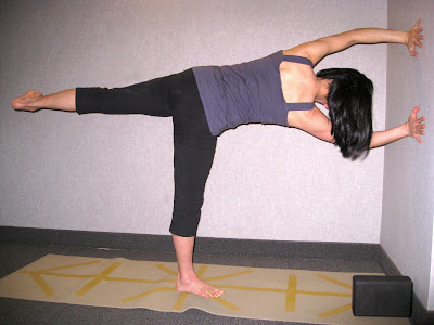 galfromdownunder yoga easy stuff ardha chandrasana half