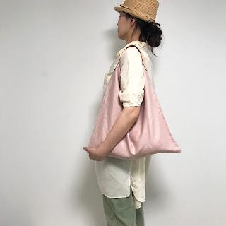 麻のレザーのシンプルバッグ