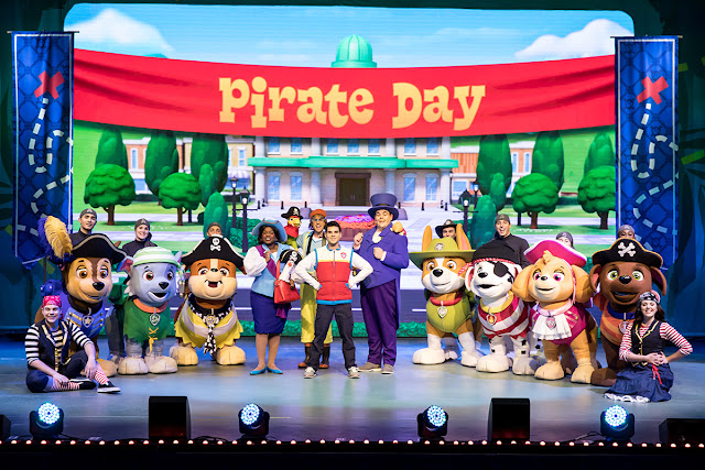 Paw Patrol Live on stage