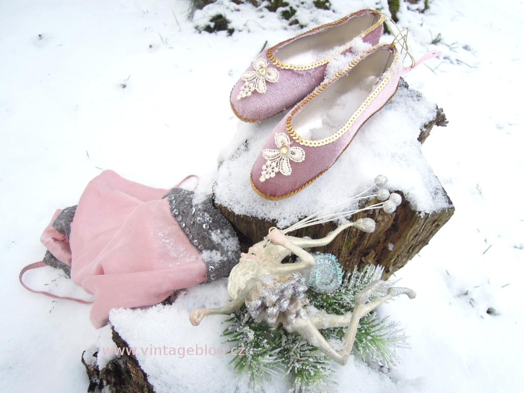 Když vidíte víc aneb to nejsou jen vánoční ozdoby  5f091a933f