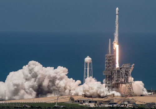 Tinuku SpaceX successfully launched BulgariaSat-1 using Falcon 9 recycling