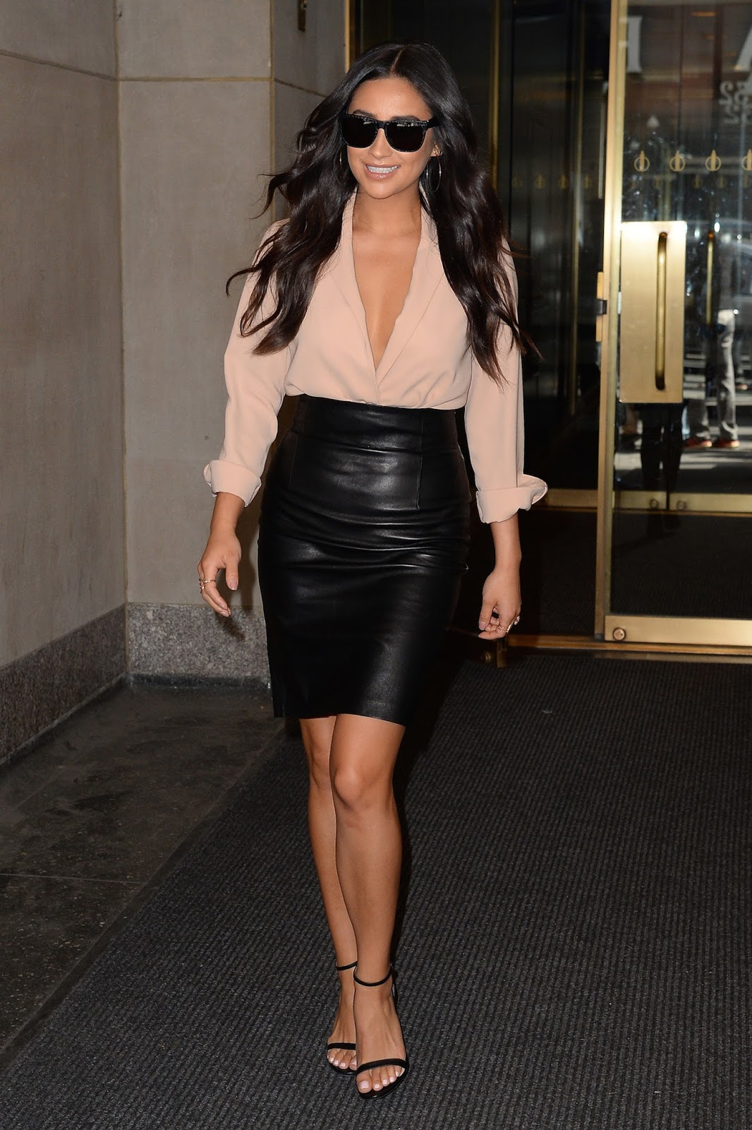 Lovely Ladies In Leather Shay Mitchell In A Leather