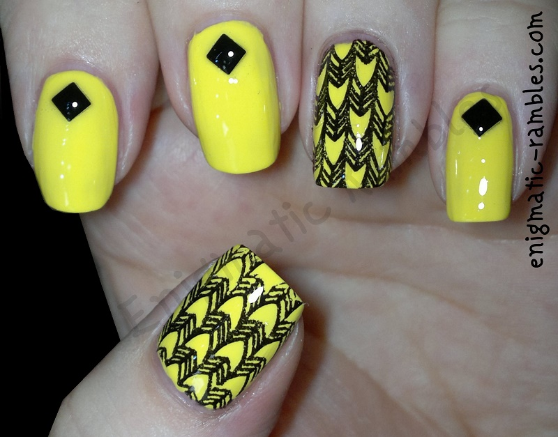 ciate-big-yellow-taxi-moyou-nails-black-special-polish-4mm-square-studs-bundle-monster-410-bm410