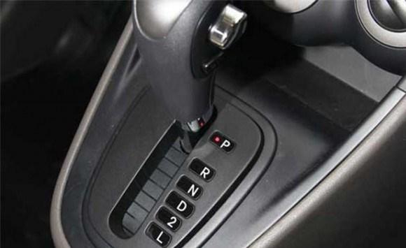 kelebihan atau kekurangan mobil matic dan manual mobilku org rh mobilku org manual book mobil matic panduan manual mobil matic