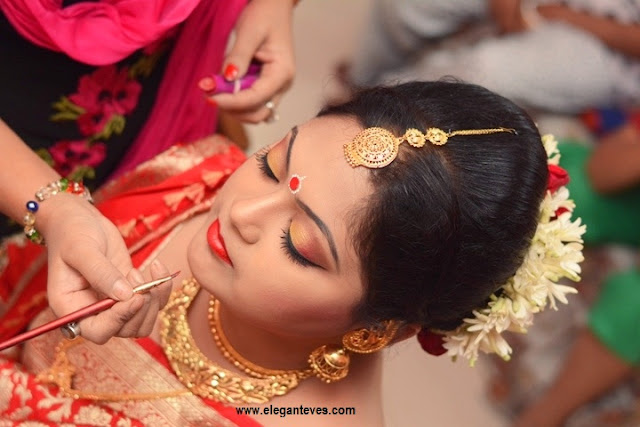 Bengali Bride Makeup, Attire and Jewellery