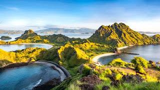 keindahan pulau padar