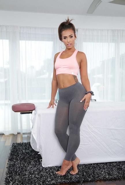 Best Sex Cam Site Reviews | Nicole Nikys Blog: Kelsi