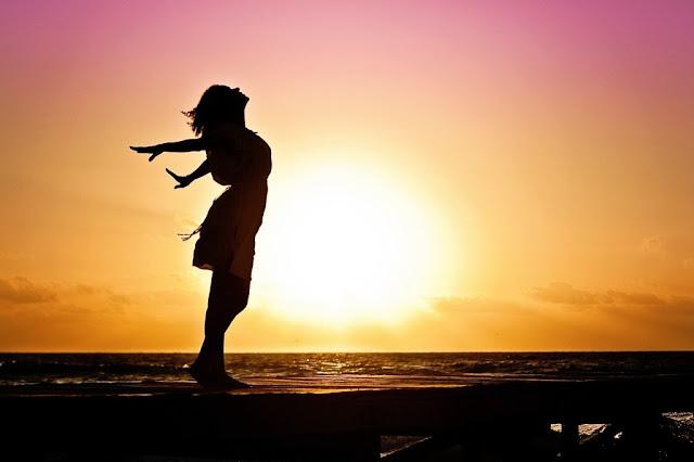 Phụ nữ tự yêu bản thân là hạnh phúc
