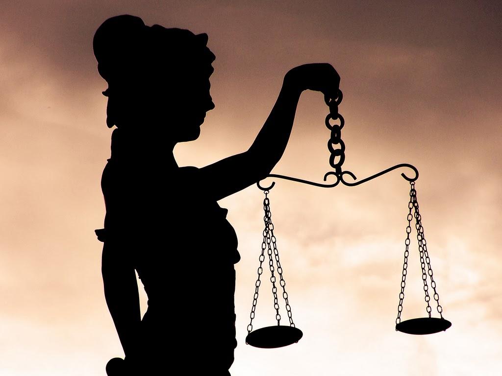 Para gente de Derecho
