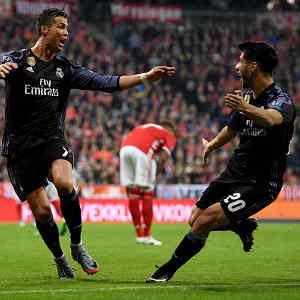 Ronaldo hits 100 as Real Madrid beat Bayern Munich 2-1