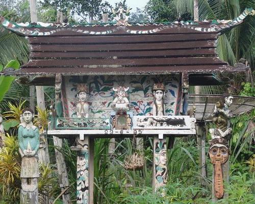 Tinuku Travel Tiwah ceremony is deaths sacred rituals Kaharingan religious in Dayak Ngaju tribe in Central Kalimantan