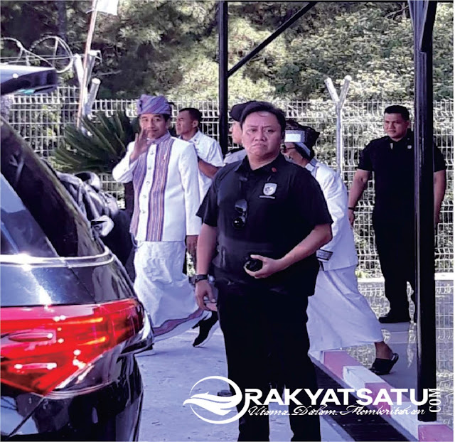 [Breaking News] Presiden RI Akhirnya Mendarat di Bandara Pongtiku Tana Toraja