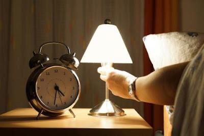 Kenapa Rasulullah Menyuruh Mematikan Lampu Ketika Hendak Tidur, Ini Rahasianya!