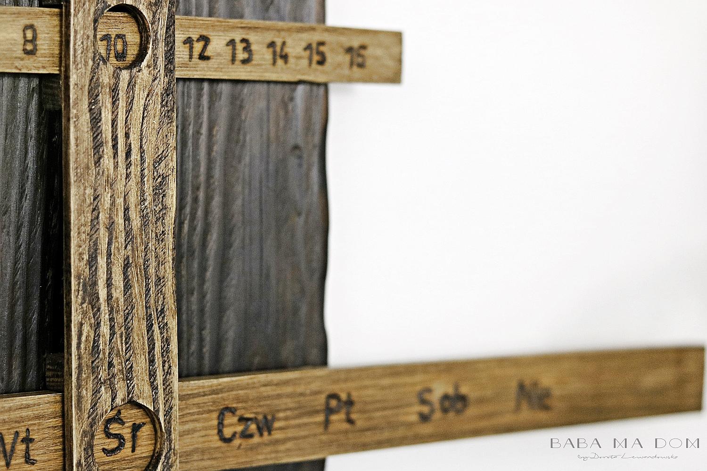 b&w, babamadom, DIY, doityourself, drewno, featured, industrial, inspiracje, minimalistyczny, minimalizm, postarzanie, stare, vintage, wieczny kalendarz, zrób to sam, shou sugi ban,