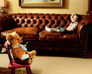 sweet-images-of-teddy-bear-hang-out-with-his-cute-kid-friend.jpg