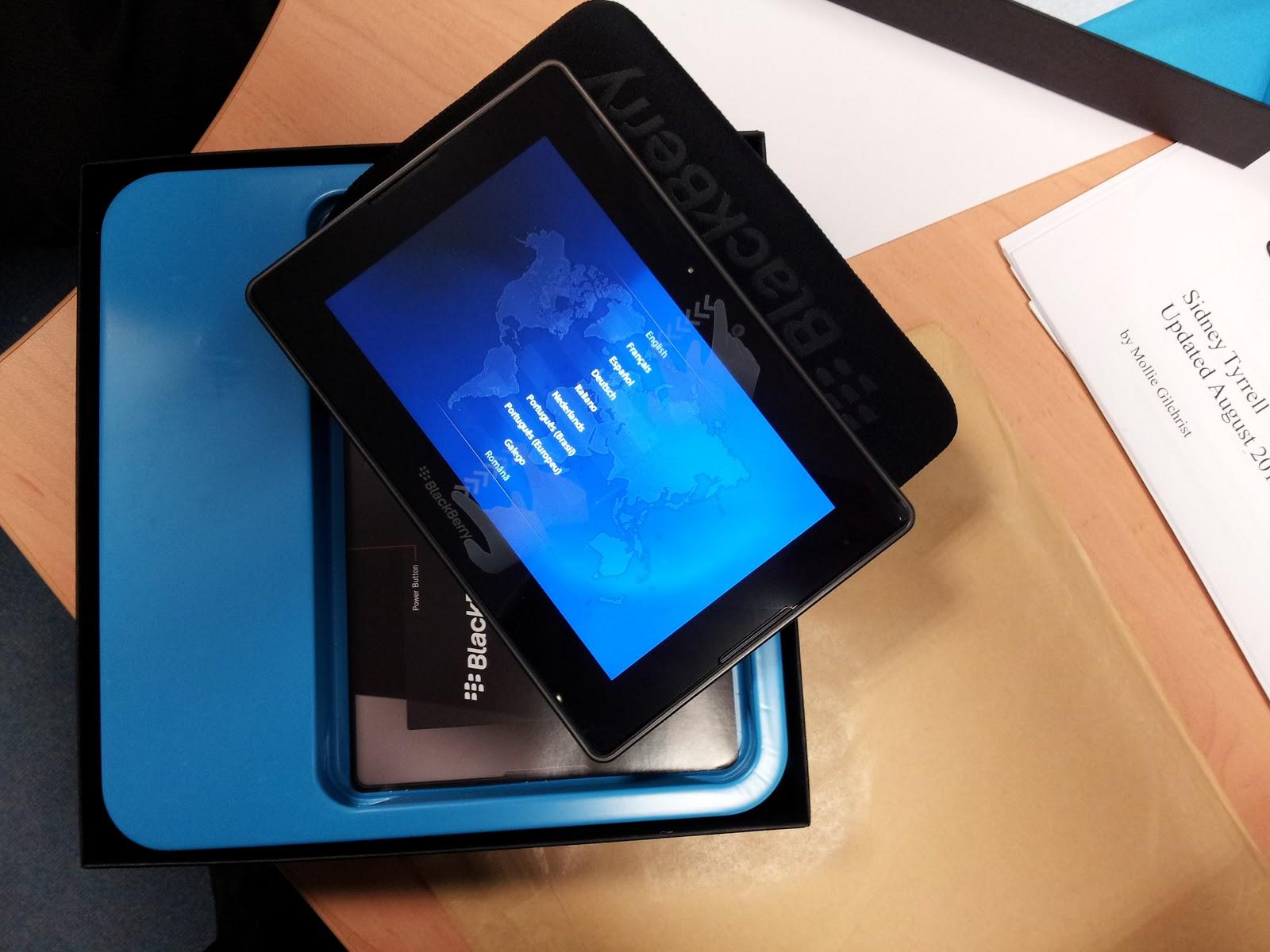 Blackberry Playbook tablet review | Adamok Net