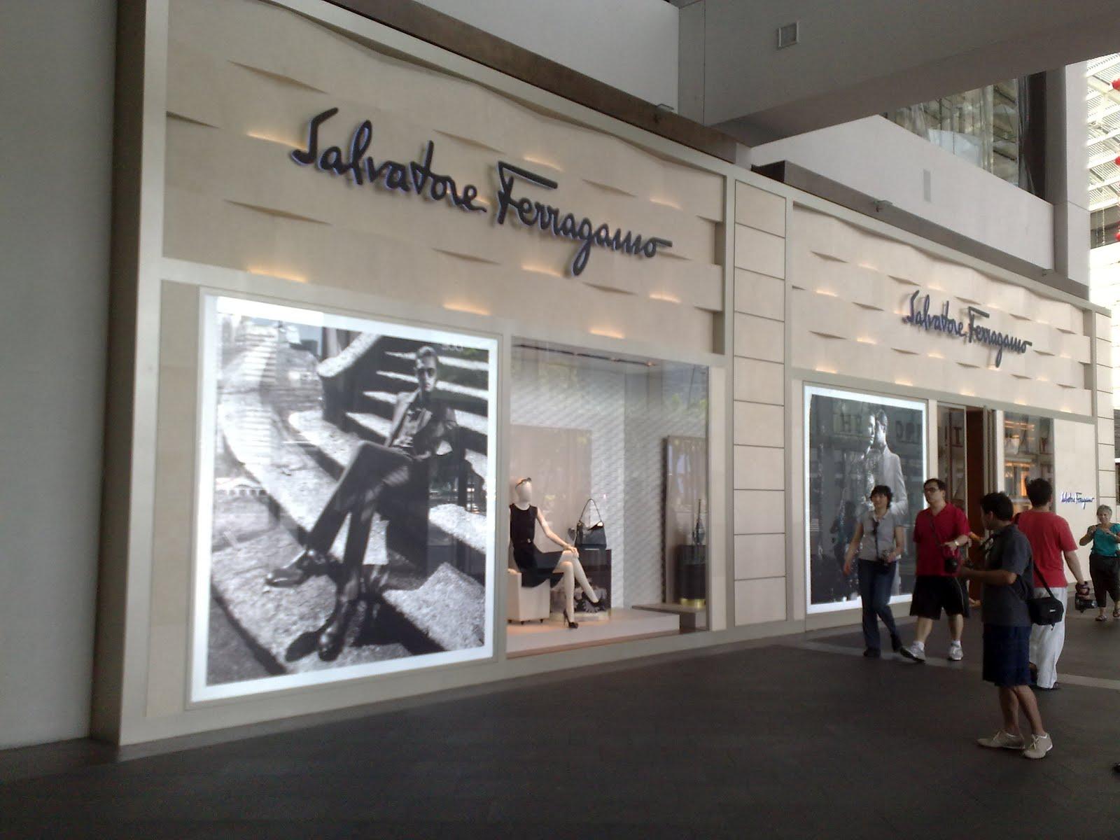 63b7876f011 displayhunter  Salvatore Ferragamo  The Shoppes at Marina Bay Sands