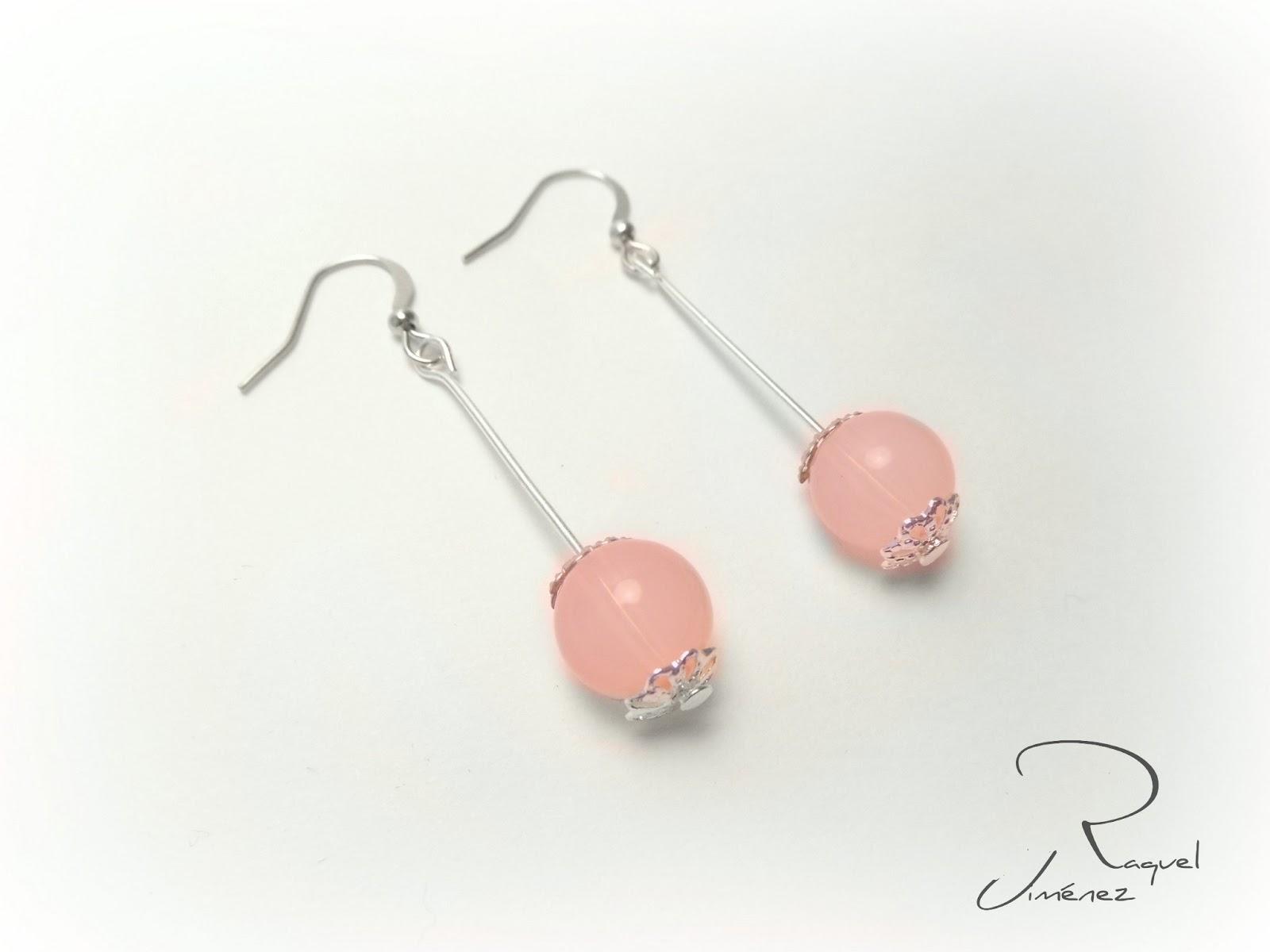 pendientes de bolas de cuarzo rosa