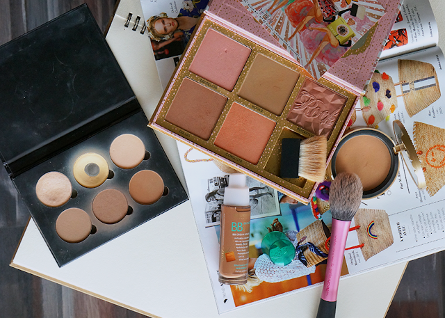 les maquillage bronzeurs
