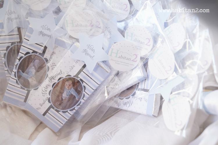 Detalles handmade para bautizo diseño de Habitan2| Chocolatinas personalizadas para bautizos | Papelería personalizada para eventos | Detalles low cost para regalar en bautizos