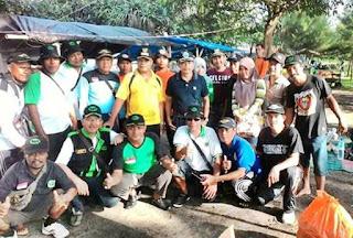 Pengurus RAPI Wilayah 04 Mataram Gelar Bersih Pantai