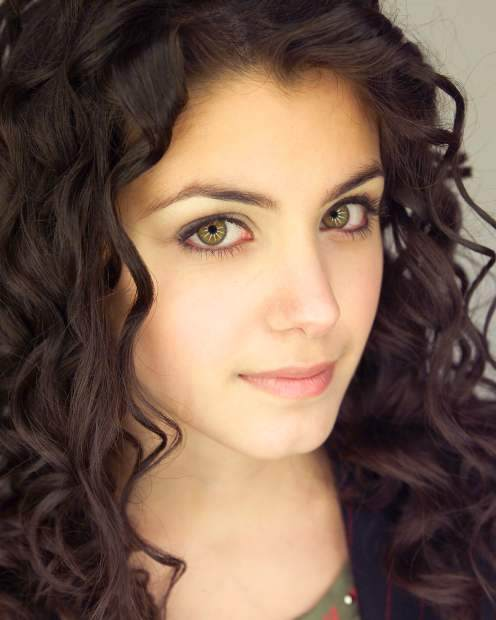 Cool Stylish Naturally Curly Hairstyles For Girls 2013 Dunia Fhasion Short Hairstyles Gunalazisus