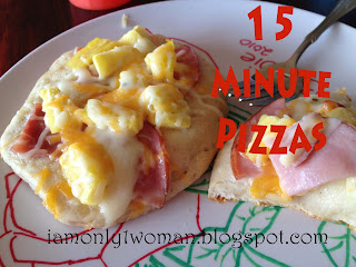 15 Minute personal pizzas from refrigerated biscuit dough