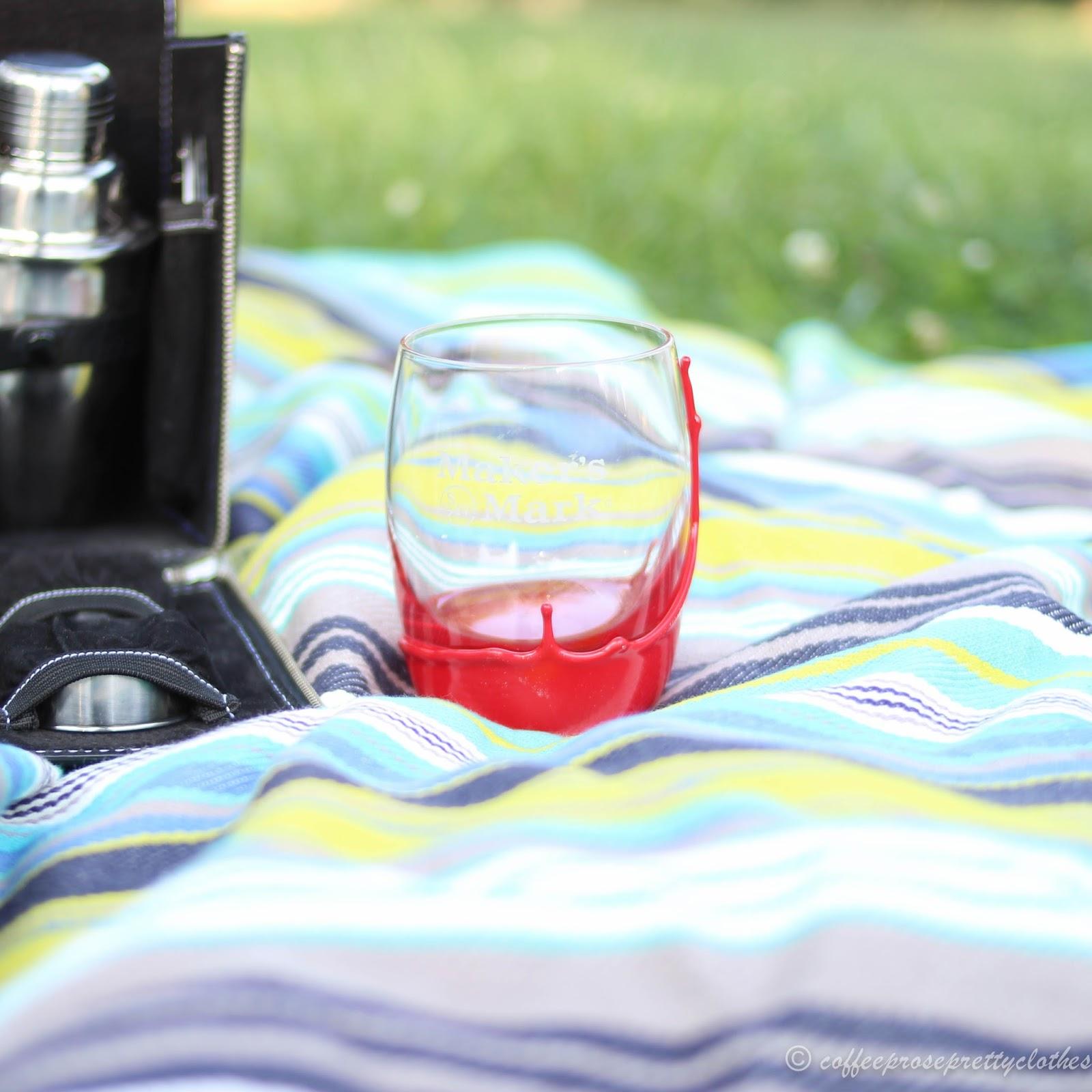 Manhattan cocktail, picnic, Makers Mark Bourbon