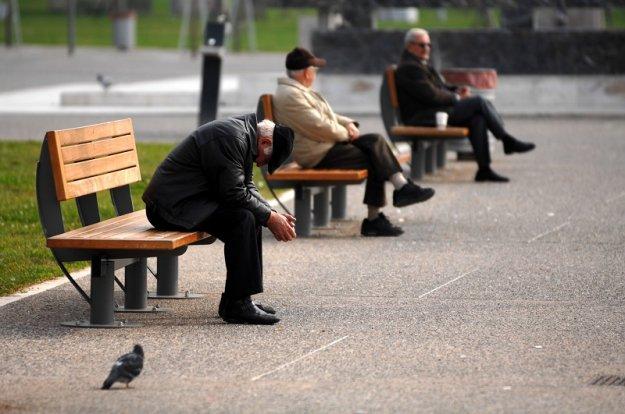 Handelsblatt: Η Ελλάδα μετατρέπεται στο γηροκομείο της Ευρώπης