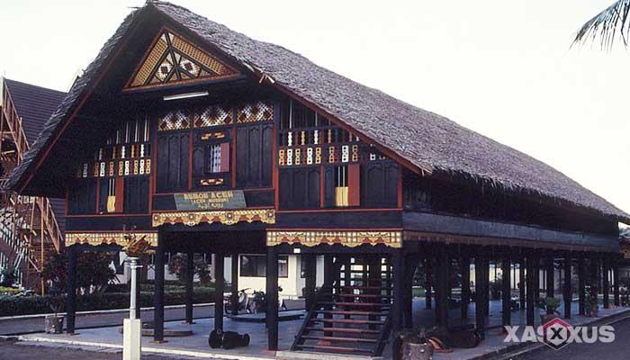 Gambar rumah adat Indonesia - Rumah adat Aceh atau Rumah Krong Bade