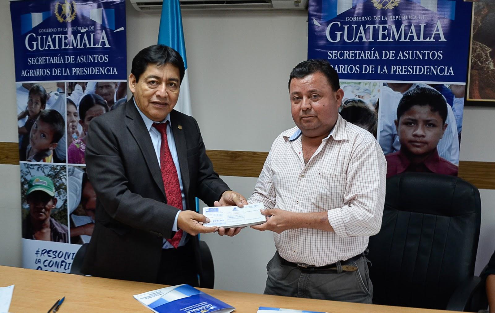 Resultado de imagen para secretaría de Asuntos Agrarios, Carlos Moran Pop