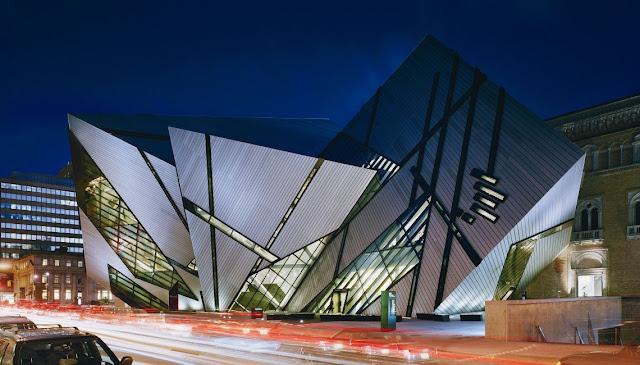 ROYAL ONTARIO MUSEUM - Toronto - CANADA