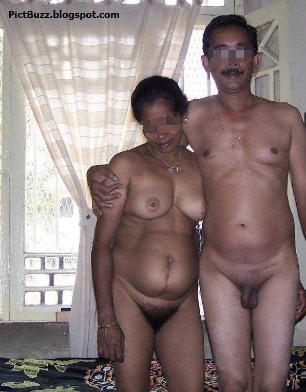 Nude moms removing saree photos