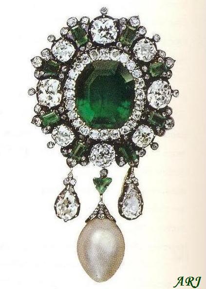 Artemisia S Royal Jewels Italian Royal Jewels Queen