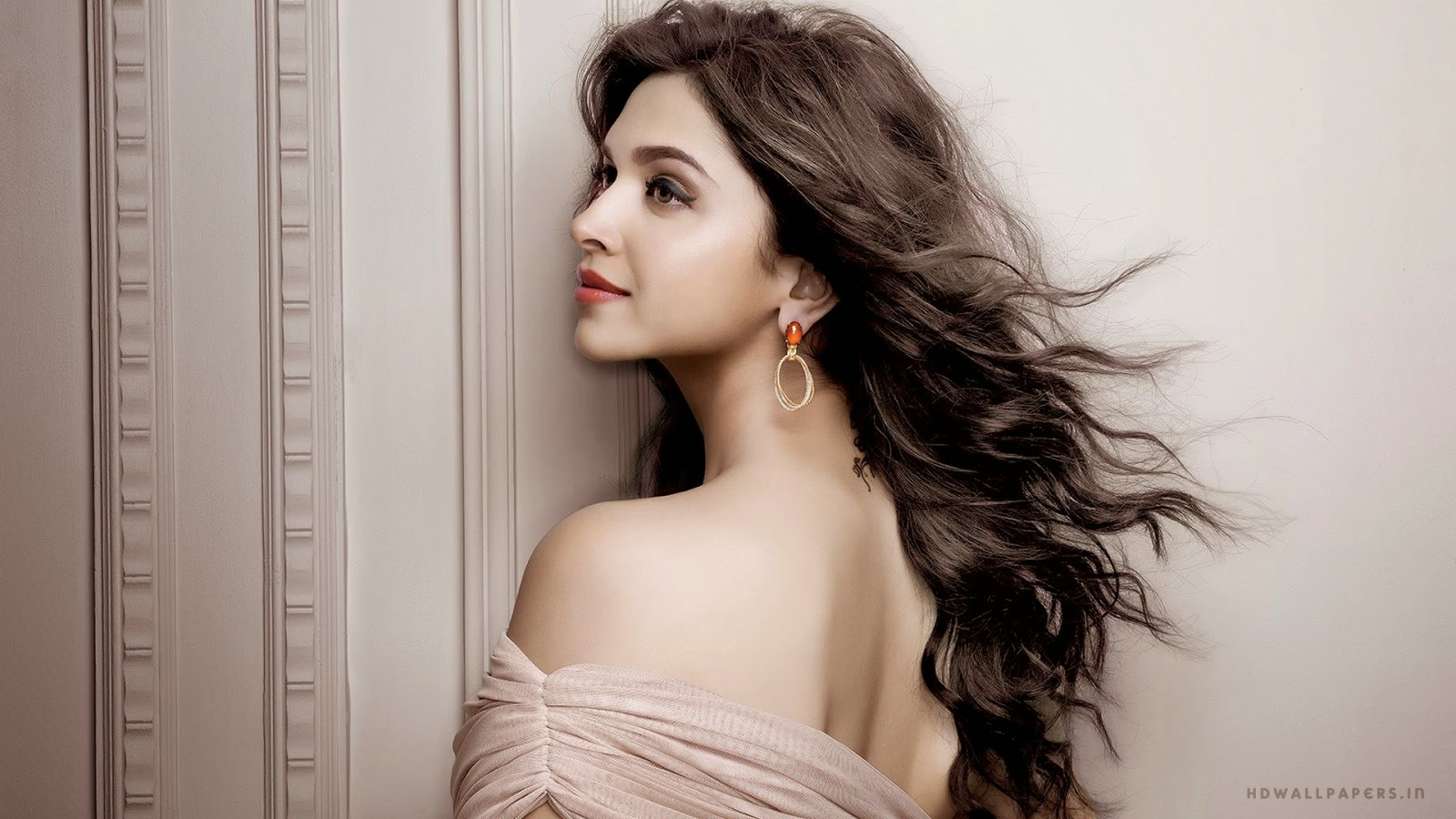 Deepika Padukone HD Wallpapers Photos