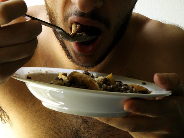 Even after eating feel hungry, these 5 wrong habits are responsible